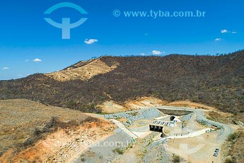 Foto feita com drone do desemboque do Túnel Cuncas II - parte do Projeto de Integração do Rio São Francisco com as bacias hidrográficas do Nordeste Setentrional  - São José de Piranhas - Paraíba (PB) - Brasil