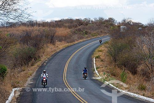 Motocicletas em trecho da Rodovia PB-386  - Conceição - Paraíba (PB) - Brasil