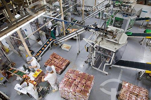 Detalhe de área de embalagem em fábrica de indústria alimentícia  - Rio de Janeiro - Rio de Janeiro (RJ) - Brasil