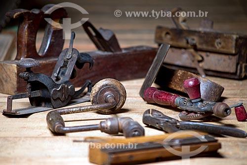 Detalhe de ferramentas de marcenaria da fábrica de móveis Lacca  - Rio de Janeiro - Rio de Janeiro (RJ) - Brasil