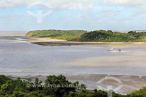 Lancha próximo ao Porto do Jacaré  - Alcântara - Maranhão (MA) - Brasil