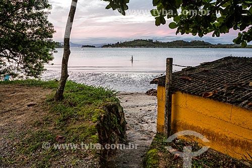 Vista da Praia do Ribeirão da Ilha durante maré baixa  - Florianópolis - Santa Catarina (SC) - Brasil