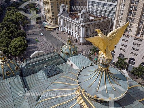 Foto feita com drone da águia no telhado do Theatro Municipal do Rio de Janeiro (1909) com a Cinelândia ao fundo  - Rio de Janeiro - Rio de Janeiro (RJ) - Brasil