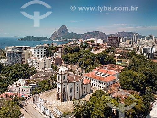Foto feita com drone da Igreja de Nossa Senhora da Glória do Outeiro (1739) com o Pão de Açúcar ao fundo  - Rio de Janeiro - Rio de Janeiro (RJ) - Brasil