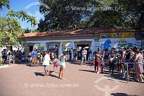 Fila na bilheteria do Jardim Zoológico do Rio de Janeiro  - Rio de Janeiro - Rio de Janeiro (RJ) - Brasil