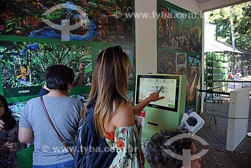 Terminal de autoatendimento na bilheteria do Jardim Zoológico do Rio de Janeiro  - Rio de Janeiro - Rio de Janeiro (RJ) - Brasil