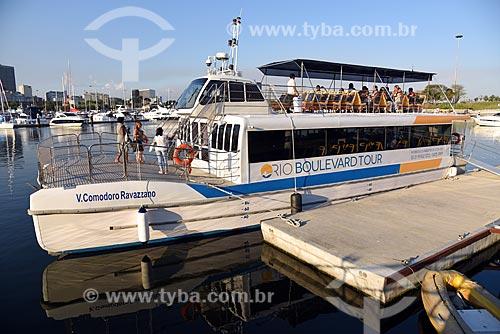Catamarã utilizado no Rio Boulevard Tour - passeio turístico de barco na Baía de Guanabara  - Rio de Janeiro - Rio de Janeiro (RJ) - Brasil