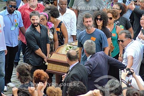 Caixão com o corpo da Vereadora Marielle Franco chegando no Palácio Pedro Ernesto - sede da Câmara Municipal do Rio de Janeiro  - Rio de Janeiro - Rio de Janeiro (RJ) - Brasil