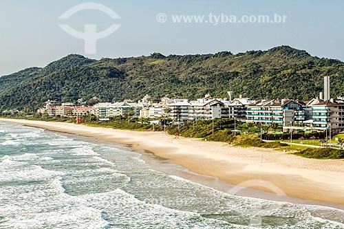 Vista de prédios na orla da Praia Brava  - Florianópolis - Santa Catarina (SC) - Brasil