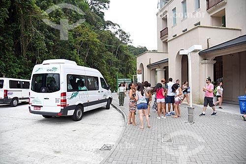 Ponto de embarque e desembaque do Paineiras-Corcovado - serviço de transporte para o Cristo Redentor sem paradas - no Centro de Visitantes Paineiras - antigo Hotel Paineiras  - Rio de Janeiro - Rio de Janeiro (RJ) - Brasil