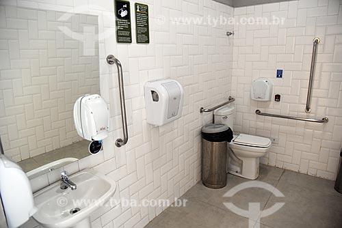 Banheiro adaptado para portadores de necessidades especiais no Centro de Visitantes Paineiras - antigo Hotel Paineiras  - Rio de Janeiro - Rio de Janeiro (RJ) - Brasil
