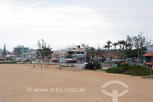 Casas na orla da Praia de Costazul  - Rio das Ostras - Rio de Janeiro (RJ) - Brasil
