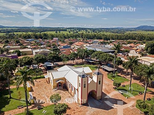 Foto feita com drone da Igreja de São Sebastião  - Itaguari - Goiás (GO) - Brasil