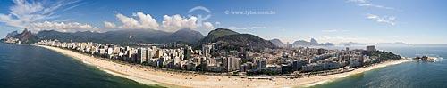 Foto feita com drone da Praia de Ipanema com o Morro Dois Irmãos e a Pedra da Gávea à esquerda  - Rio de Janeiro - Rio de Janeiro (RJ) - Brasil