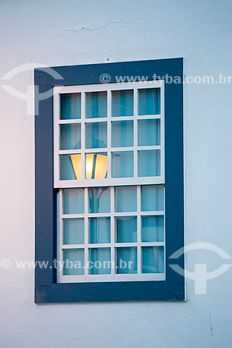 Detalhe de janela de casario no centro histórico da cidade de Goiás  - Goiás - Goiás (GO) - Brasil