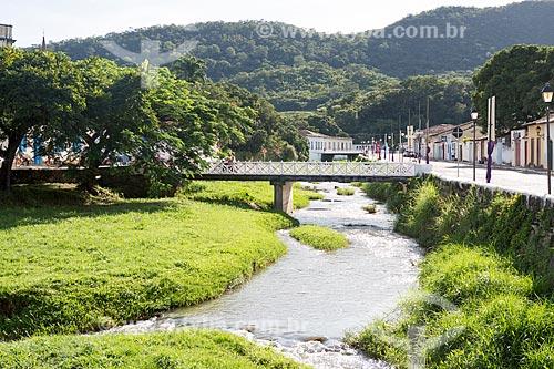 Vista de trecho do Rio Vermelho na cidade de Goiás  - Goiás - Goiás (GO) - Brasil