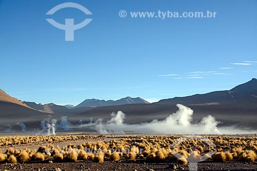 Vista do amanhecer a partir do Gêiseres del Tatio (Gêiseres de Tatio) no Deserto do Atacama  - San Pedro de Atacama - Província de El Loa - Chile