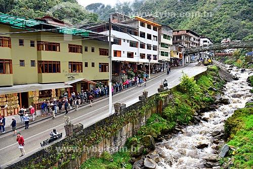 Vista do Rio Urubamba cortando a cidade de Machu Picchu Pueblo  - Machu Picchu pueblo - Departamento de Cusco - Peru
