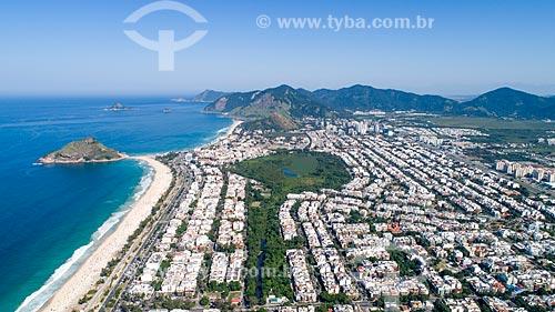 Foto feita com drone do bairro do Recreio dos Bandeirantes com o Canal das Taxas e o Parque Natural Municipal Chico Mendes  - Rio de Janeiro - Rio de Janeiro (RJ) - Brasil