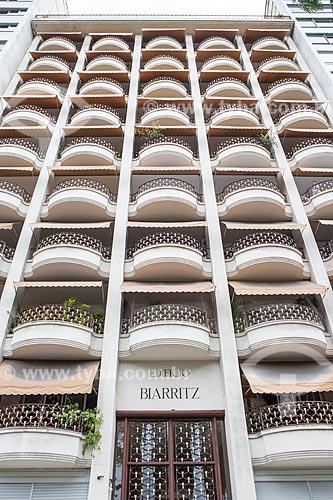 Fachada do Edifício Biarritz (1945) na Avenida Praia do Flamengo  - Rio de Janeiro - Rio de Janeiro (RJ) - Brasil