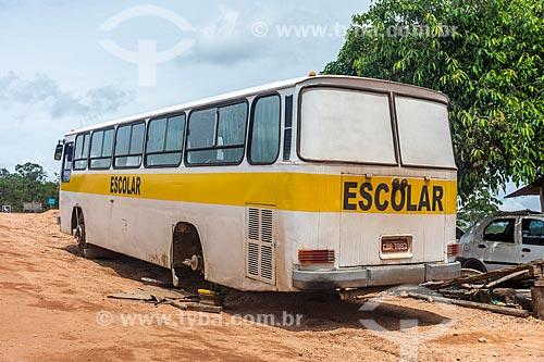 Ônibus Escolar abandonado na Vila de São Jorge  - Alto Paraíso de Goiás - Goiás (GO) - Brasil
