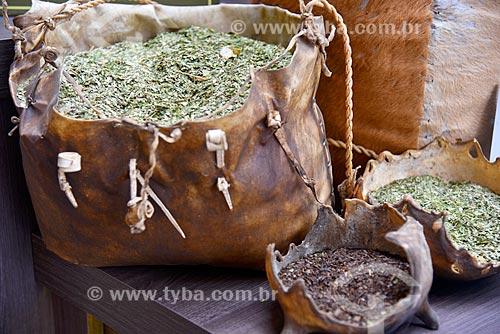 Detalhe de erva-mate (Ilex paraguariensis) à venda na cidade de Gramado  - Gramado - Rio Grande do Sul (RS) - Brasil