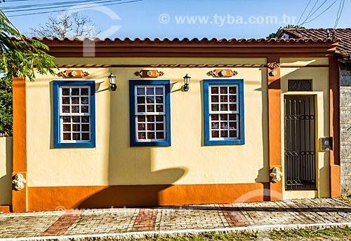 Fachada de casario no distrito Enseada de Brito  - Palhoça - Santa Catarina (SC) - Brasil