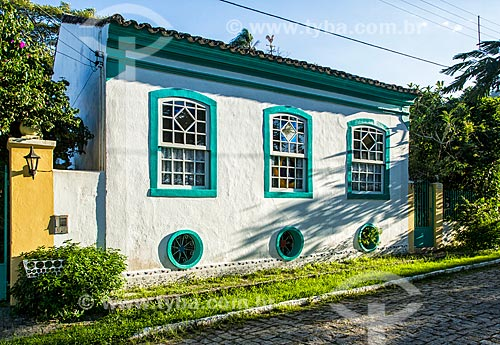 Fachada de casarios no distrito Enseada de Brito  - Palhoça - Santa Catarina (SC) - Brasil