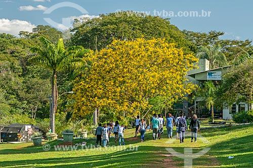 Pessoas no Jardim Zoológico de Goiânia  - Goiânia - Goiás (GO) - Brasil