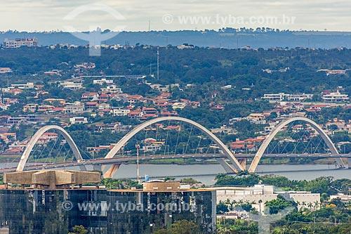 Vista da Ponte Juscelino Kubitschek (2002)  - Brasília - Distrito Federal (DF) - Brasil