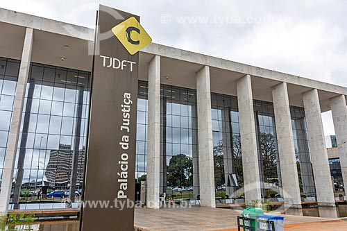 Fachada do Tribunal de Justiça do Distrito Federal e Territórios  - Brasília - Distrito Federal (DF) - Brasil
