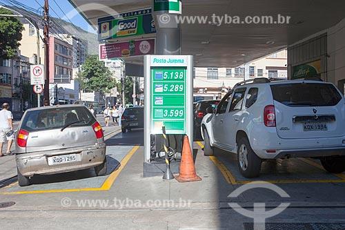 Fila para abastecer durante crise de abastecimento de combustíveis devido à greve dos caminhoneiros  - Rio de Janeiro - Rio de Janeiro (RJ) - Brasil
