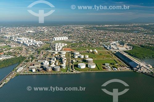 Foto aérea do Terminal Petroquímico do Porto de Paranaguá  - Paranaguá - Paraná (PR) - Brasil