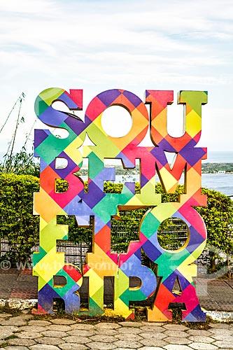 Letreiro com os dizeres: Sou Bem Floripa no Morro da Lagoa da Conceição  - Florianópolis - Santa Catarina (SC) - Brasil