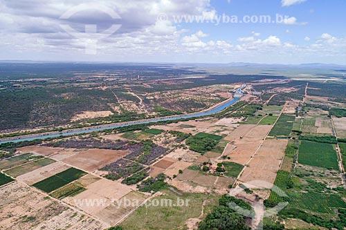 Foto feita com drone da estação de bombeamento EBI 1 do Projeto de Integração do Rio São Francisco com as bacias hidrográficas do Nordeste Setentrional  - Cabrobó - Pernambuco (PE) - Brasil