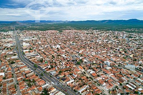 Foto feita com drone de trecho urbano da Rodovia BR-232 na cidade de Serra Talhada  - Serra Talhada - Pernambuco (PE) - Brasil