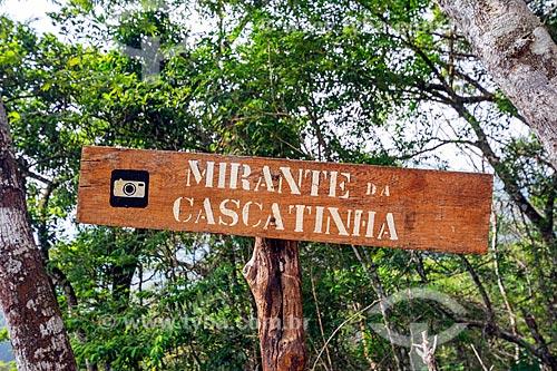 Detalhe de placa no Mirante da Cascatinha no Parque Nacional da Tijuca  - Rio de Janeiro - Rio de Janeiro (RJ) - Brasil