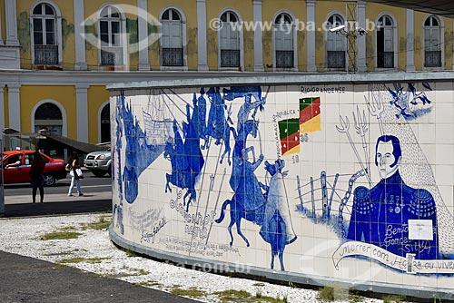 Painel Epopeia Rio-grandense, Missioneira e Farroupilha (2008) de Danúbio Gonçalves na Estação Mercado do Metrô de Porto Alegre  - Porto Alegre - Rio Grande do Sul (RS) - Brasil