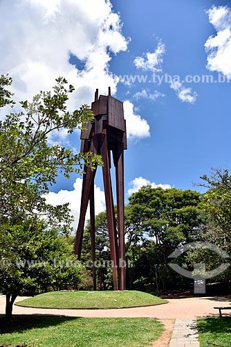 Monumento à Castelo Branco no Parque Moinhos de Vento  - Porto Alegre - Rio Grande do Sul (RS) - Brasil
