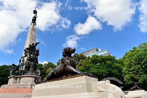 Monumento a Júlio de Castilhos na Praça Marechal Deodoro - mais conhecida como Praça da Matriz  - Porto Alegre - Rio Grande do Sul (RS) - Brasil