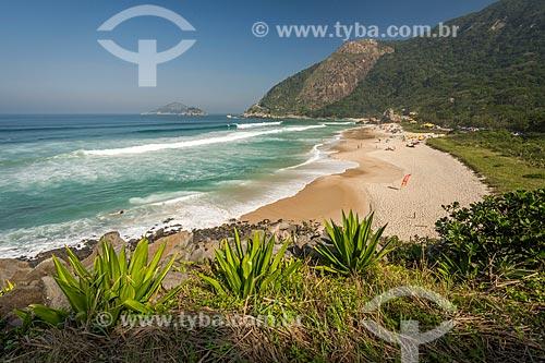 Prainha no Parque Natural Municipal da Prainha com o Morro do Caeté ao fundo  - Rio de Janeiro - Rio de Janeiro (RJ) - Brasil