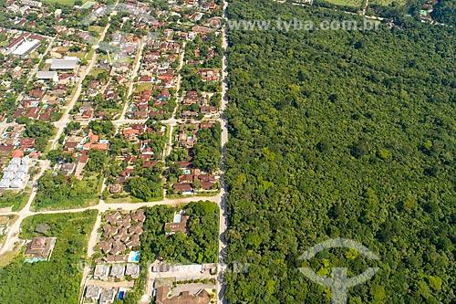 Foto feita com drone de entre área loteada e preservada no bairro Barra do Una  - São Sebastião - São Paulo (SP) - Brasil