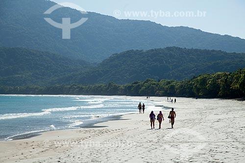 Banhistas na orla da Praia de Lopes Mendes  - Angra dos Reis - Rio de Janeiro (RJ) - Brasil