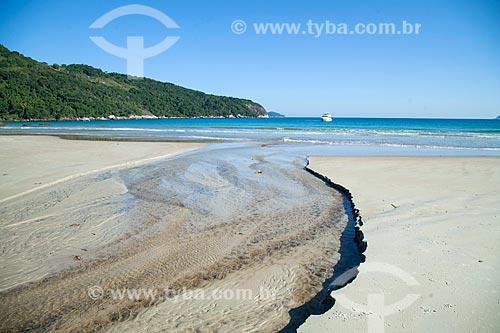 Foz de rio na orla da Praia de Lopes Mendes  - Angra dos Reis - Rio de Janeiro (RJ) - Brasil
