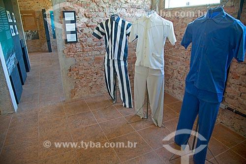 Uniformes - parte do acervo permanente - em exibição no Museu do Cárcere no antigo Presídio de Ilha Grande  - Angra dos Reis - Rio de Janeiro (RJ) - Brasil