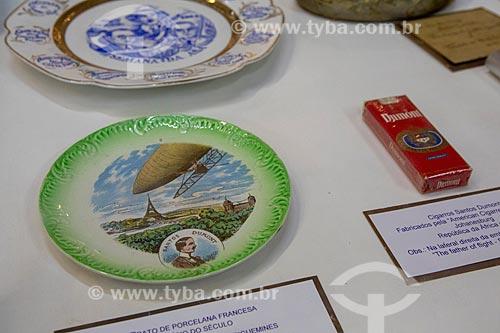 Objetos comemorativos das invenções de Santos Dumont em exibição no Museu Aeroespacial (1976) na Base Aérea dos Afonsos  - Rio de Janeiro - Rio de Janeiro (RJ) - Brasil