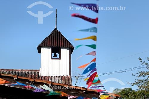 Detalhe de igreja na comunidade ribeirinha tumbira - Parque Nacional de Anavilhanas  - Novo Airão - Amazonas (AM) - Brasil