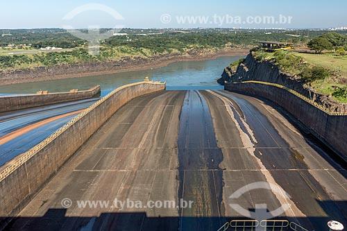 Vertedouro seco na Usina Hidrelétrica Itaipu Binacional  - Foz do Iguaçu - Paraná (PR) - Brasil