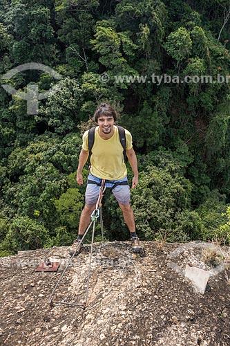 Detalhe de montanhista no Pico da Agulha do Inhangá - Parque Estadual da Chacrinha  - Rio de Janeiro - Rio de Janeiro (RJ) - Brasil
