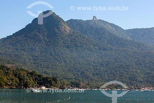 Vista do Pico do Papagaio a partir da Praia da Crena  - Angra dos Reis - Rio de Janeiro (RJ) - Brasil